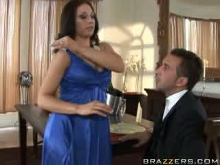 Brazzers - hotty pays a dude līdz jāšanās viņai grūti n.