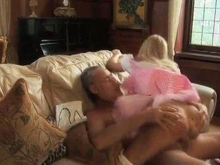 Barmfager alice takes kuk fra an eldre mann