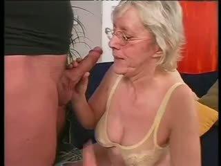 E rruar gjysh happily takes një i vështirë dicking