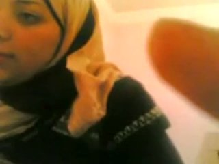 Arab נערה gets מזוין על ידי לבן guy לחיות @ www.slutcamz.xyz