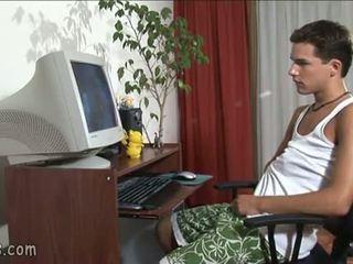 B-y toekijken homo video- en stroking af