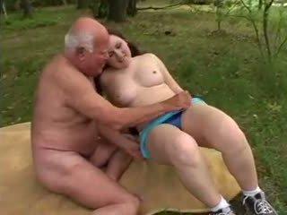 Γιαγιά mireck - ένα γαμώ σε ο δάσος, πορνό a8