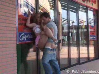 Shopping mall seksas