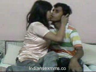 India lovers hardcore seks scandal sisse ühiselamu tuba leaked
