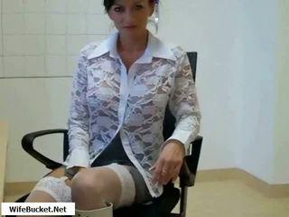 Seksi mama kacau di kantor video