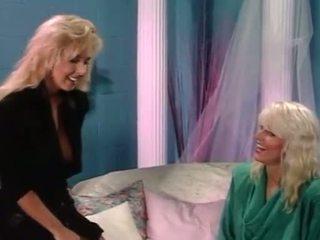 blondes, tuss köniinsä värske, lesbian lõbu