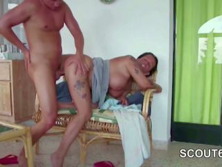 Real Privat Sextapes of German Step-mom with Young Boy