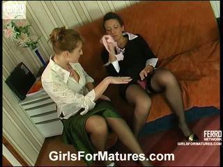 Bridget dan sheila milf di lesbie proses