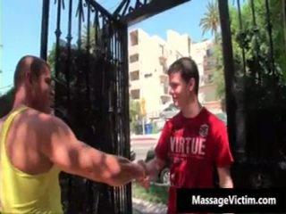Hetero junge gets arsch wrecked während gay massage 1 von massagevictim