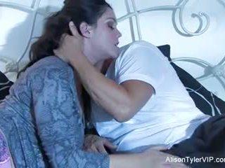 Alison tyler ja hänen male gigolo