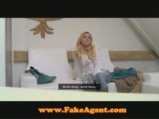 Bar gadis hooking sehingga dengan fake agent