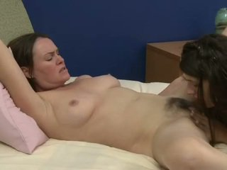 Old and young lesbians prefers sweety oral sex