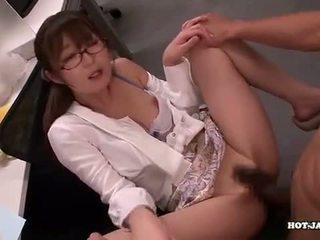 日本語 女の子 attacked fascinated sister で living roo