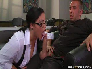 그녀의 섹스 비디오 에 고화질