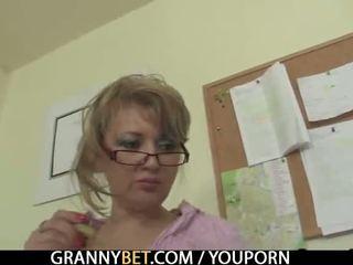 Ofis lady enjoys sürmek his rod
