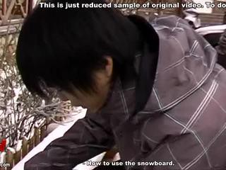 Aziatisch koppel gek snowboarding en seksueel adventures video-