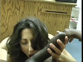 Asian-pakistani si rambut coklat sucks besar hitam dravidian zakar/batang