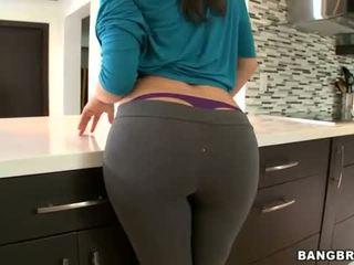 Lớn Ass