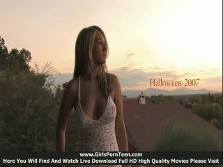 Halovīni bonus uzbudinātas simpatiska seksuālā skaistule pilns kino
