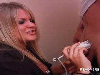 Blondi seksikäs amatööri vauva parranajo pecker varten käteinen