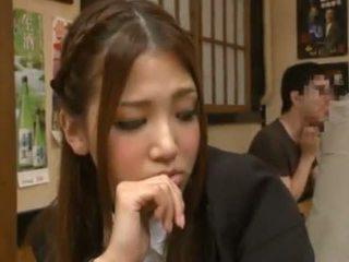 Nanako hoshizaki has jej cipka zrobiony miłość z backside w the restaurant