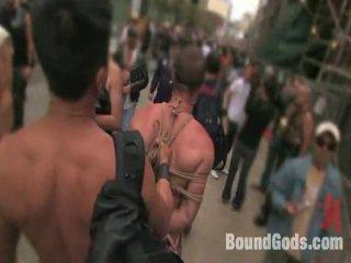 Legat gods trăi: public sadomasochism în the streets de sf