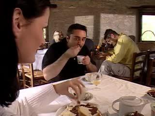 threesomes, เหล้าองุ่น, อิตาเลียน