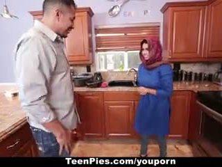 Teenpies - muslim islak gömlek praises ah-laong floppi göğüsler