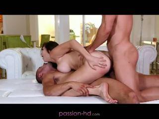 Passion hd: pirmas dp už mažutė holly michaels
