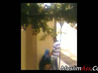 Hijab al aire libre 1