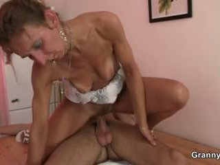 Massage leads to blowjob and cock ridi...