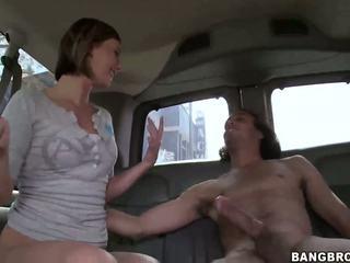 Sexy bionda bisbetica nailed in il bang autobus