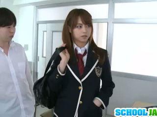 Jaopanese nastolatka akiho yoshizawa w akcja