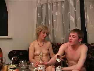 mabuk, ibu-ibu dan boys, tegar