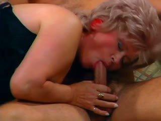 Oma pervers 1: bezmaksas lesbiete porno video