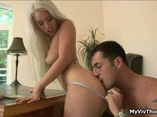 sexe hardcore, katya blonde plantureuse, baiser chienne aux gros seins