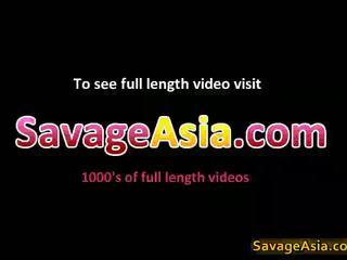 Sexig asiatiskapojke tonårs stripping