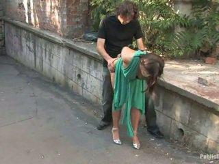 Довго legged європейська gets покарана