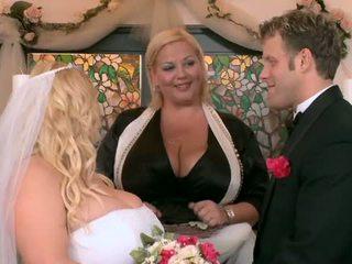 لي كبير طبطب زفاف جزء أربعة