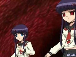 Schoolmeisje gets een tentakel bukkake overload