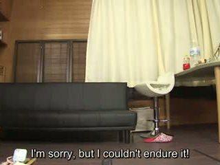 Subtitled amatööri japanilainen pee desperation failure sisään hd