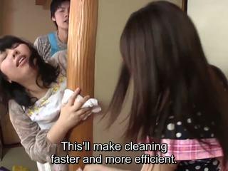Subtitled japānieši risky sekss ar voluptuous māte uz