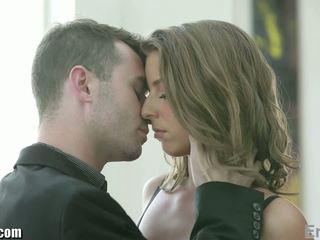 Eroticax romantic pāris jāšanās pirms partying
