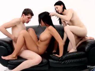 Erotis addison, lollypop - seks tiga orang
