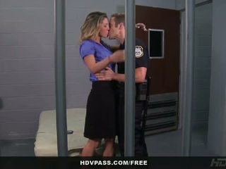 Hdv pass: kayla paige fucked in the kunjara cell