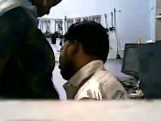 Tamil قرية فتاة جنس مع رئيس في mobile متجر