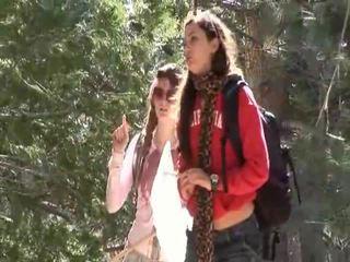 Faye reagan und georgia jones gehen aus bis arbeit auf thier beziehung