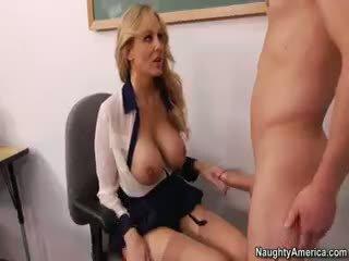 big boobs, nemokamai blowjob, pilnas kūdikis idealus