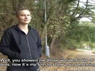 Tšekki tyttö was picked ylös varten julkinen seksi