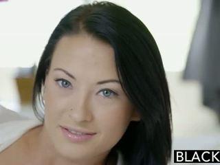 Blacked วัยรุ่น beauty tries เซ็กส์ระหว่างคนต่างสีผิว ก้น เพศ